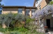 Rif:62, Villa dai grandi spazi con giardino, immersa nella campagna.